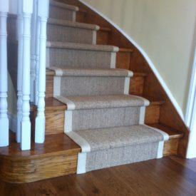 Natural carpet Runner on Curve Staircase