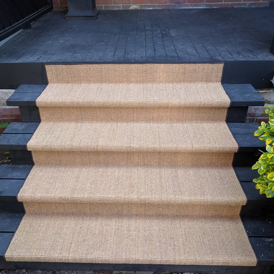 outdoor carpet runner for front porch and stairs