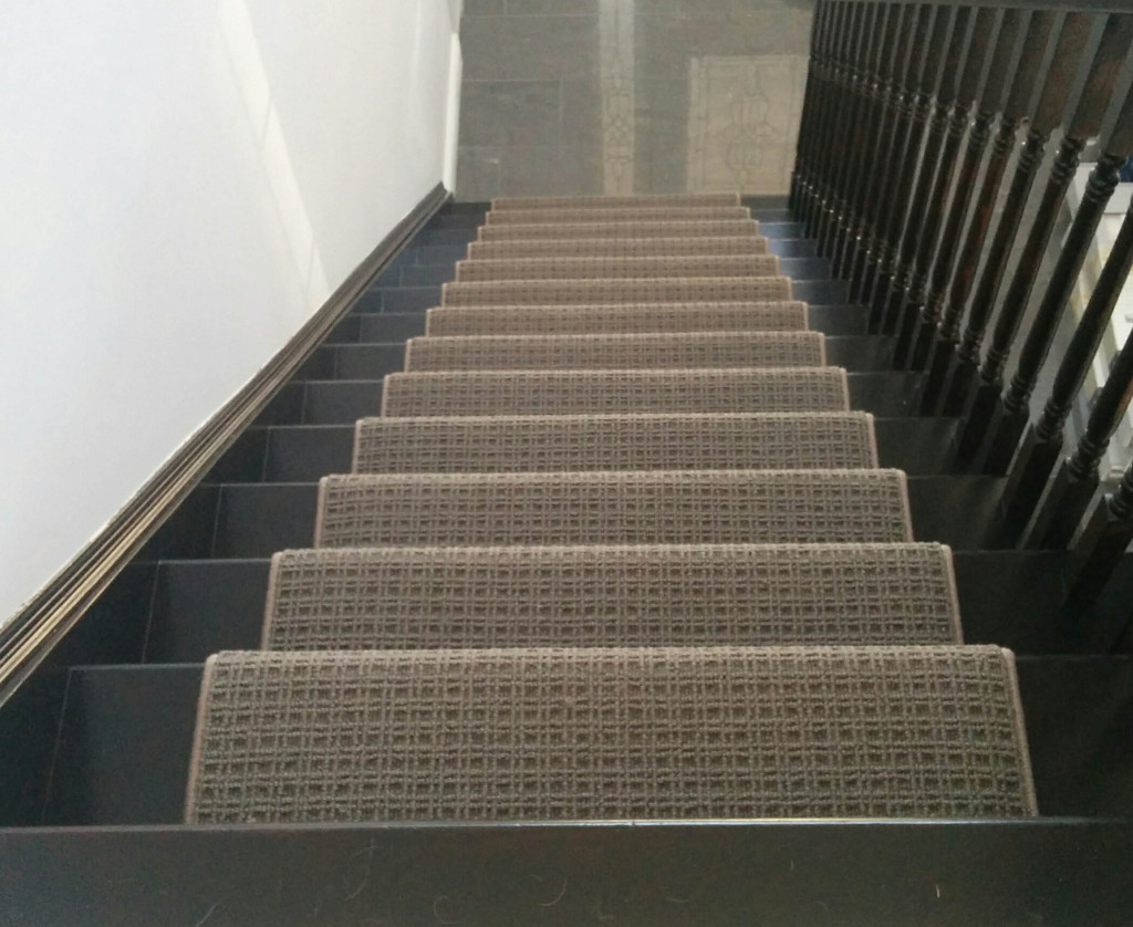 Modern Stair Runner Rods: Wool Carpet Runner